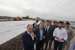 """Al sostener que """"Córdoba está fuerte"""", Llaryora hizo foco en su economía """"saneada"""" y en el plan de obras"""