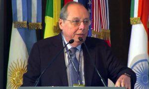 Doctorado Honoris Causa de la UNC para Guillermo Calvo