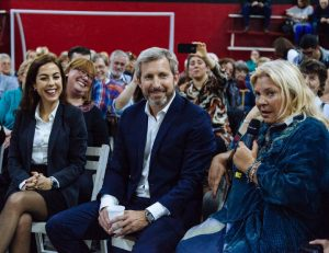 Escándalo amarillo: El ultimátum de Carrio a Joanna Picetti