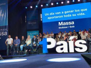 """En campaña, Massa pegó a ambos lados: """"El Gobierno quiere confrontar con una oposición con prontuario"""""""