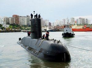 """Macri expresó el compromiso de su Gobierno para encontrar al submarino """"ARA San Juan"""""""