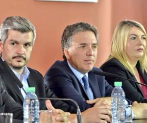 """Dujovne destacó que el Pacto Fiscal prevé """"premios y castigos"""""""