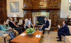 El proyecto ARG expuesto ante el Presidente Macri por científicos argentinos