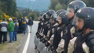 El juez Villanueva ordenó investigación por el mapuche baleado