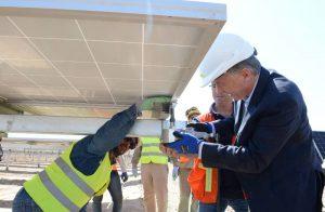 Macri destacó liderazgo en materia de energías renovables de la Argentina