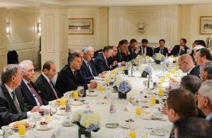Para atraer inversiones, Macri les habló a los empresarios de la reforma tributaria y de bajar el déficit fiscal