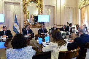 Macri afirmó que es crucial el equilibrio fiscal para reducir la pobreza