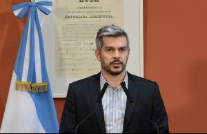 """Peña elogió a la Armada y descartó cambios """"inminentes"""" en las FF.AA."""
