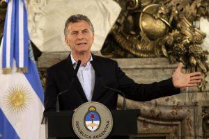 Reforma previsional: Qué dice el decreto de Macri por el bono compensatorio a jubilados