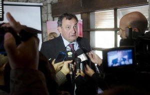 """""""No tengo pruebas pruebas"""" de que mapuches hayan tenido armas de fuego, dijo el intendente de Bariloche"""