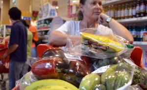 Los precios de la canasta básica aumentaron en un 19% este año