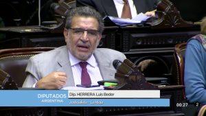 """El diputado Beder Herrera criticó """"tremendas presiones"""" a los gobernadores del Gobierno macrista"""