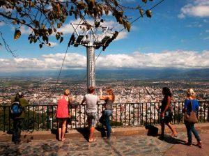 Con la incorporación de tecnología al sector turístico, presentan un asistente virtual de viajes