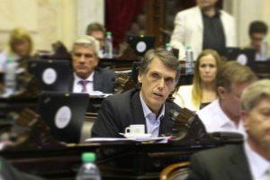 El Gobierno hace «un esfuerzo muy grande por sostener a Triaca»