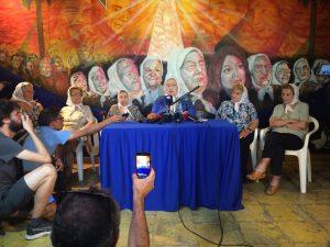 Madres de Plaza de Mayo impidieron allanamiento en su sede