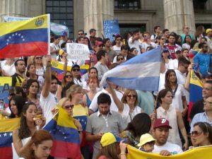 """Horacio García: """"En enero ingresaron 9.800 venezolanos, no sabemos cuántos se van a radicar"""""""