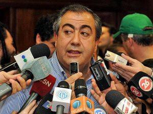 """""""No es cierto que no haya libertad sindical"""", dijo Daer al contestarle a Moyano"""