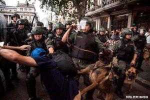 Tendencia: preocupa la represión a la protesta social en Argentina