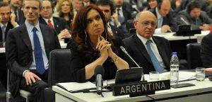 Ibarra renunció a la defensa de CFK, tras ser enviada a juicio oral por el encubrimiento al atentado a la AMIA