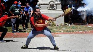 """""""Hay que sacar a Macri como sacamos a De La Rúa"""", afirmó el militante del mortero"""
