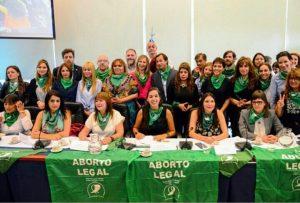 Un grupo variopinto de diputados avaló la presentación del proyecto de despenalización del aborto