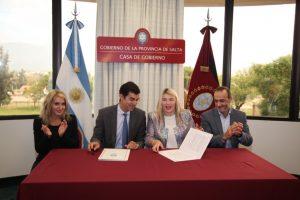 Urtubey y Bertone coincidieron en que hay que apostar a la industria argentina