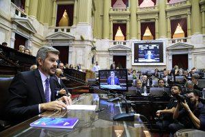 Diputados: Peña bancó a Luis Caputo tras las fuertes críticas de la oposición