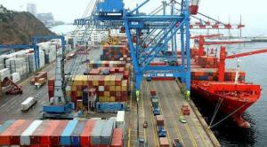 La balanza comercial de febrero cerró con un déficit de 903 millones de dólares