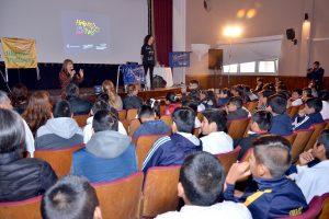 Niños de primaria participaron en un encuentro sobre Ciberbullyng
