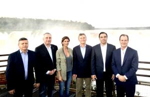 Macri se mostró con gobernadores peronistas del NEA