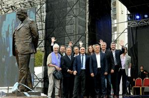 Tras los cruces, un homenaje a Raúl Alfonsín volvió a unir a referentes de Cambiemos
