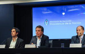 Dujovne habló de «un mal trago» y afirmó que la «desinflación» se verá en los próximos meses»