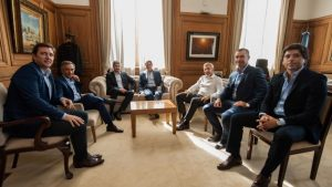 Reunión en la Rosada para frenar la sesión que impulsa la oposición por las tarifas