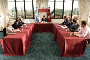 Urtubey y su gabinete económico evaluaron el impacto en Salta del movimiento cambiario