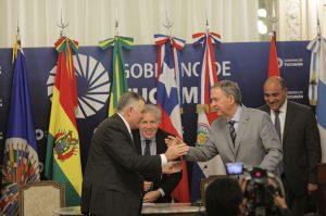 Schiaretti promovió la realización de corredores bioceánicos y de la Hidrovía Paraguay-Paraná