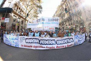 Marcha Federal: los docentes volvieron a reclamar la convocatoria a una paritaria nacional