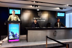 Basura: Mestre adjudicó a cada empresa uno de los tres sectores en que se dividió la Ciudad