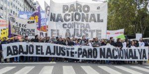 Gremios buscan activar un paro general tras el veto de Macri
