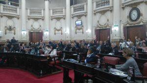 Tras duros cruces de acusaciones, el oficialismo archivó los proyectos opositores para eliminar el Fuero Anticorrupción