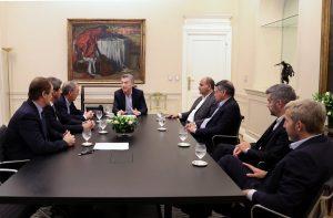 Gobernadores peronistas se muestran prudentes ante la negociación del Gobierno con el FMI