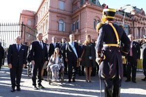 """Macri pidió a los argentinos el """"ponerse de acuerdo"""" para crecer y derrotar la pobreza"""