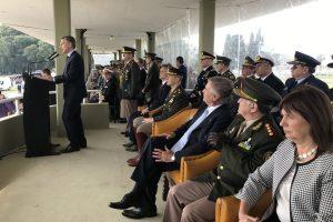"""Macri pidió """"apoyo logístico"""" de FFAA para las de Seguridad"""