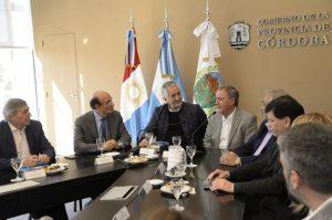 En la firma de un convenio con Rodríguez Saá, Schiaretti insistió en defender el federalismo