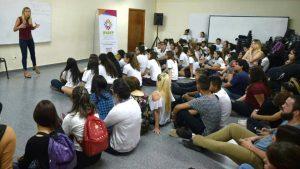 Consumo de drogas y uso de nuevas tecnologías, ejes de abordaje del Foro de Jóvenes en el CENMA 168