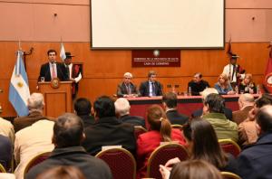 """Urtubey: """"Los salteños queremos marcar la delantera impulsando la inversión y el desarrollo"""""""