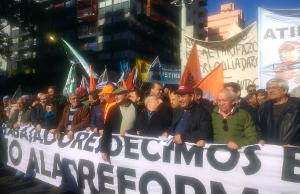 """Los referentes sindicales calificaron de """"muy importante"""" la adhesión al paro en Córdoba"""