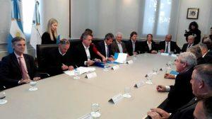 Suscriben acuerdo con aseguradoras al oficializar el proyecto de Seguro Verde