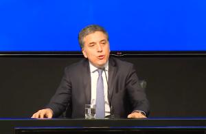 """Dujovne afirmó que junto a Caputo están trabajando """"para normalizar el mercado cambiario"""""""