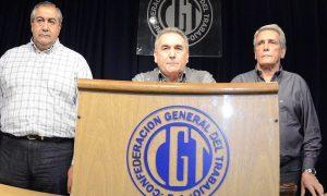 El triunviro Schmid responsabilizó al Gobierno por el paro que convocó la CGT