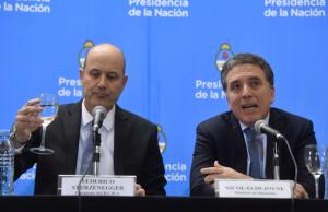 Acuerdo con el FMI por 50 mil millones de dólares, con el compromiso de bajar del déficit fiscal